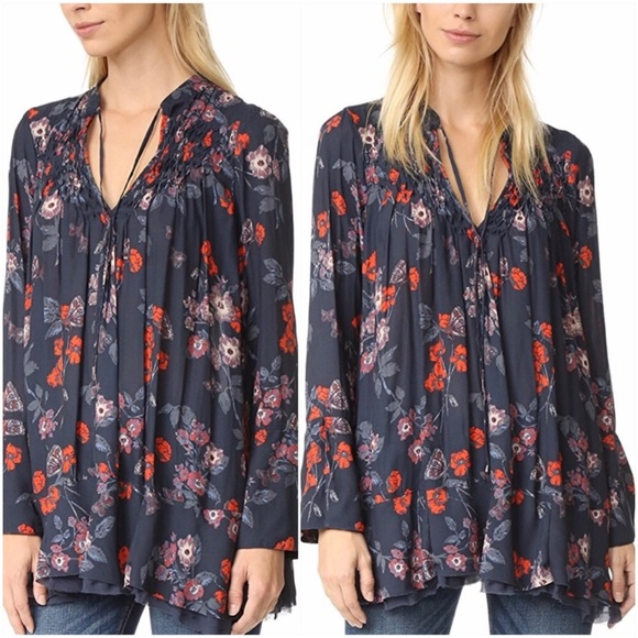 Free People Tops - FREE PEOPLE Floral Print Smocked Tunic